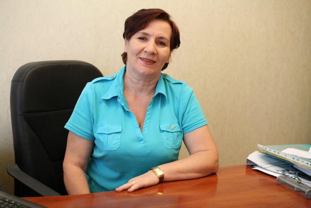 Надія Синиця, директор Хмельницької обласної універсальної наукової бібліотеки імені Миколи Островського
