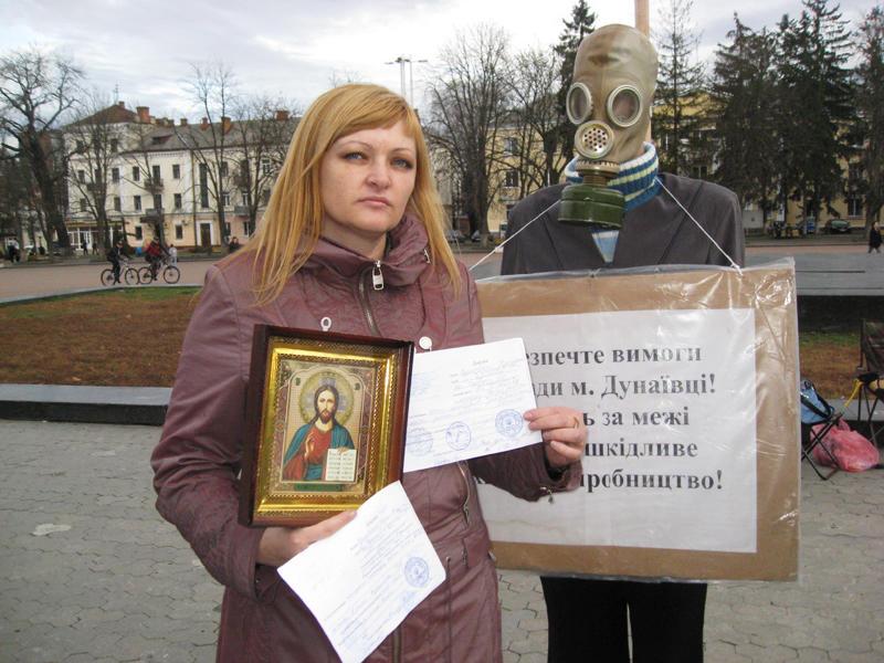 Дунаївчани почали голодування з молитви «Отче наш». З собою взяли ікону «Христа Спасителя».