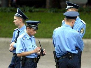 На Хмельниччині двоє хлопців побили міліціонерів