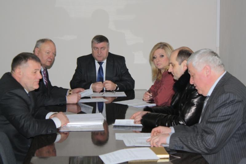 Під час засідання конкурсної комісії.
