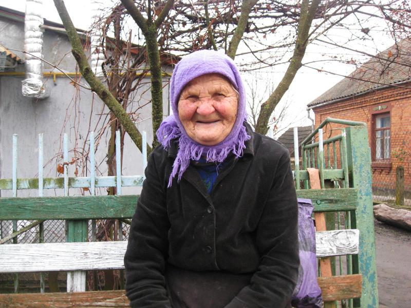 Жителька Васильківців Віра Шпичко каже, що їй тільки залишається чекати смерті. На інше надії немає.