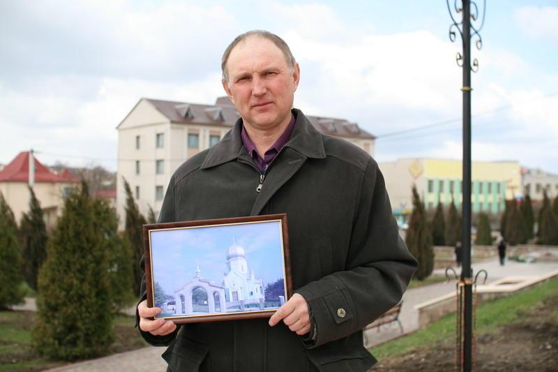 Вже кілька років Володимир Федощук створює фотолітопис Городка.