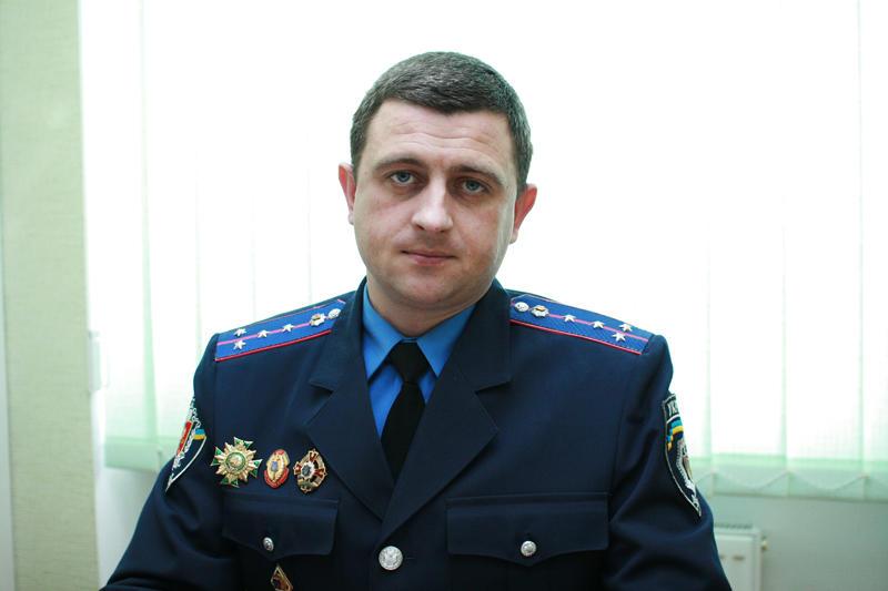 """""""Злочини більше скоюють учні ПТУ, котрі приїжджають до міст з сіл"""", – каже Сергій Цимбалюк."""