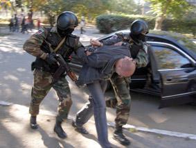 Підприємця-заручника звільнив хмельницький спецпідрозділ «Сокіл». Фото mia.km.ua