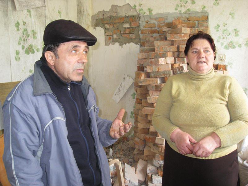 «Ми мали подати погодження на реконструкцію  гуртожитку, але нас ніхто не питав», – кажуть Кушніри.