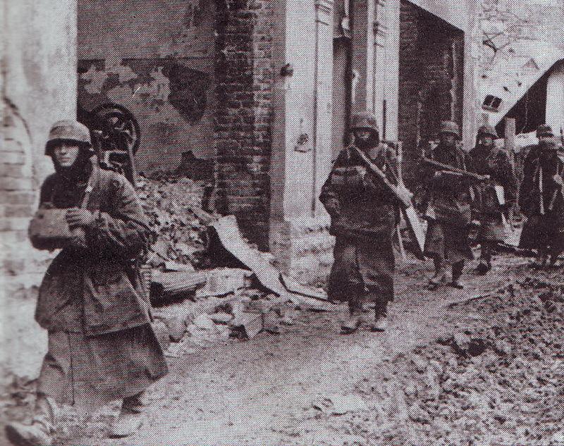Німецькі військові на вулицях Кам'янця-Подільського