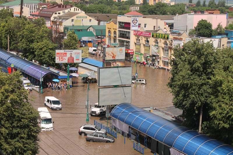 У Кам'янці-Подільському минулого року цього дня пройшла злива, внаслідок якої підтопило окремі ділянки міста