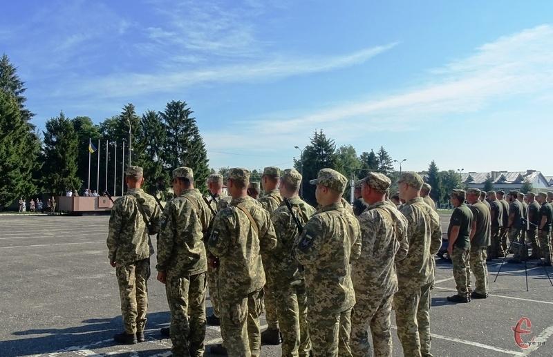Минулого року 29 липня на базі 8-го полку спеціального призначення, що базується у місті Хмельницькому, відбулись урочистості з нагоди