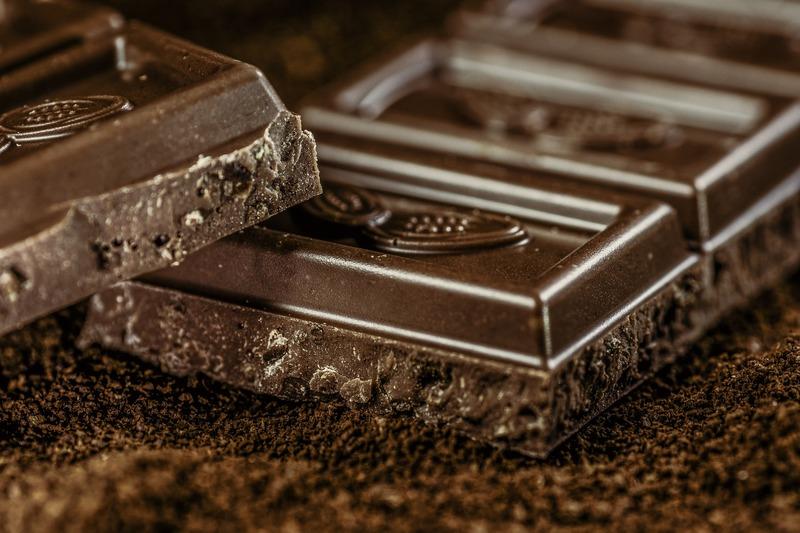 10 січня у світі відзначають День чорного шоколаду