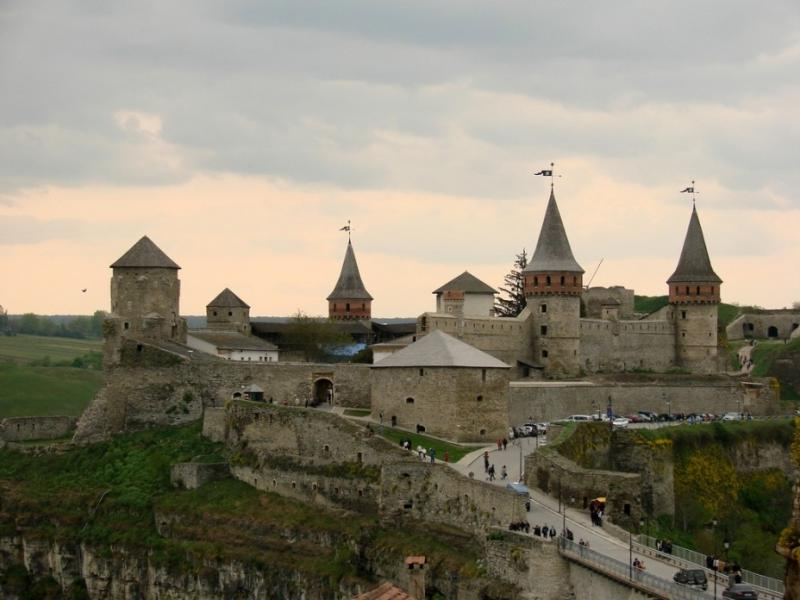 Влада Кам'янця-Подільського розробляє заходи для збереження фортеці.