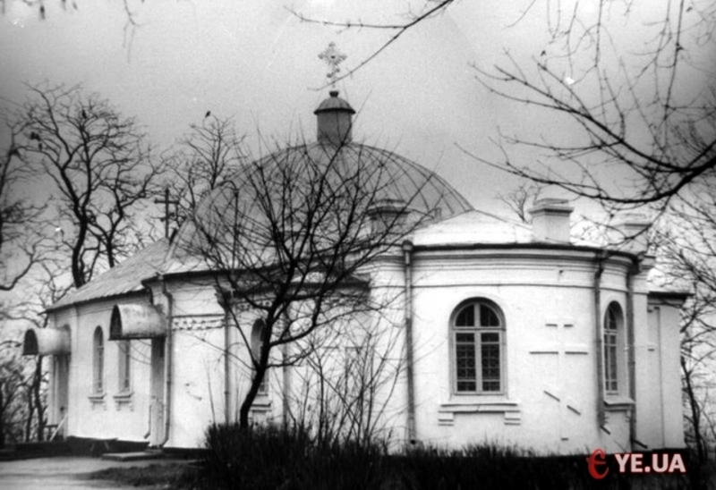 У Хмельницькому 14 січня 1992 року відбулося урочисте відкриття Свято-Покровського кафедрального собору