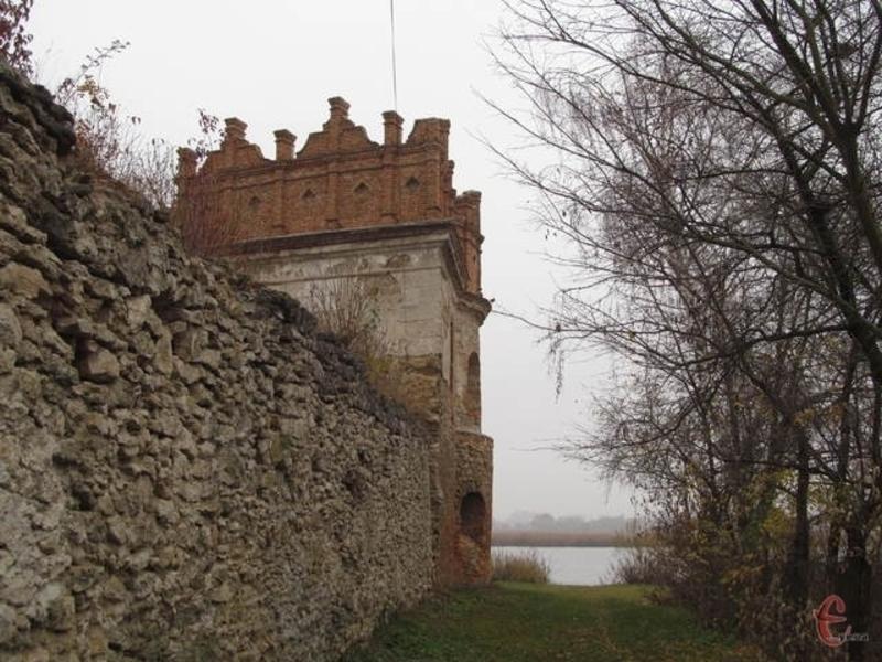 15 січня 1929 року Старокостянтинівський замок Острозьких оголосили історико-культурним заповідником республіканського значення