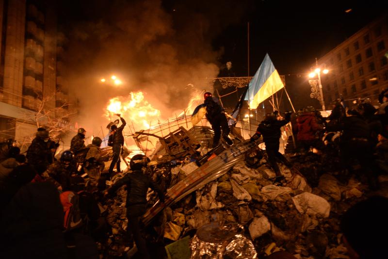 Бої на барикадах 18 лютого 2014 року