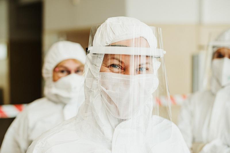 31 січня минулого року на сайті «Є» вийшов перший матеріал, присвячений темі коронавірусу
