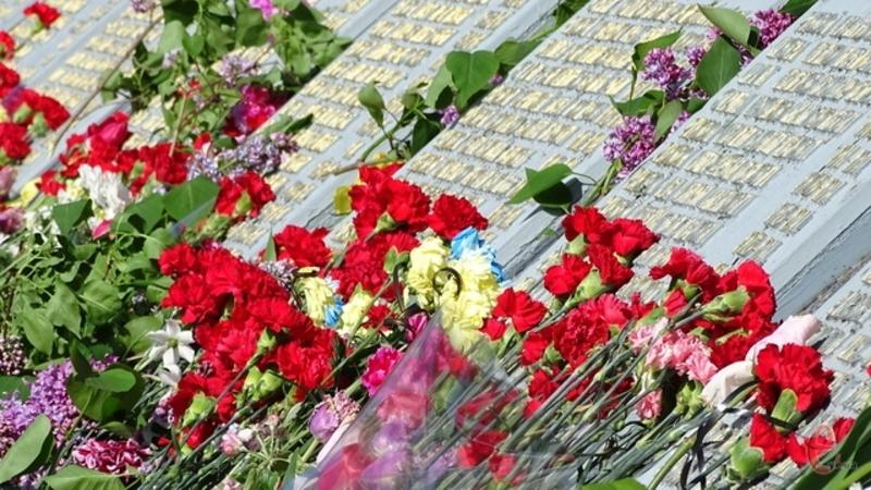 9 травня Україна відзначає як День перемоги над нацизмом у Другій світовій війні