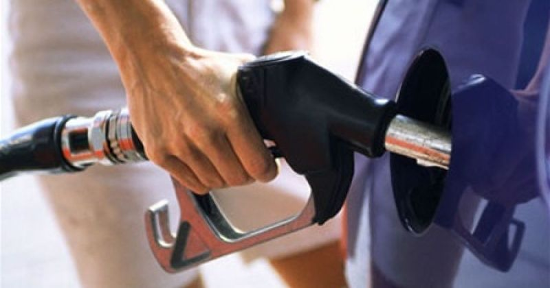 На Хмельниччині шахраї по телефону продають людям «талони на пальне»