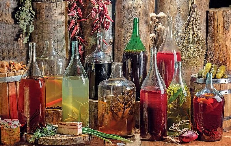 Солодкі холодні напої, які чудово втамовували спрагу, в українській кухні традиційно готували із фруктів та ягід.
