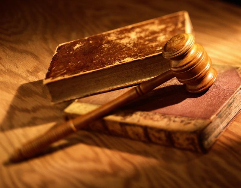 Апеляційний суд Хмельницької області скасував рішення Старосинявськог осуду та позбавив волі чоловіка на 5 років
