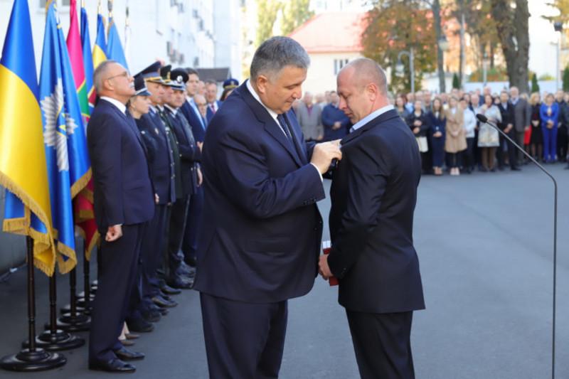 Раніше Андрій Брошко отримав неурядову нагороду «Народний Герой України»