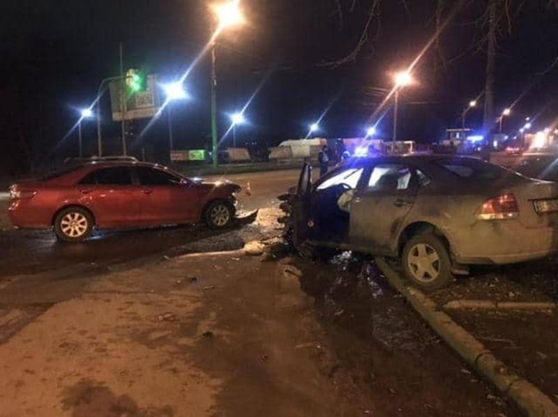 Одного з водіїв, після огляду лікарів, відпустили додому