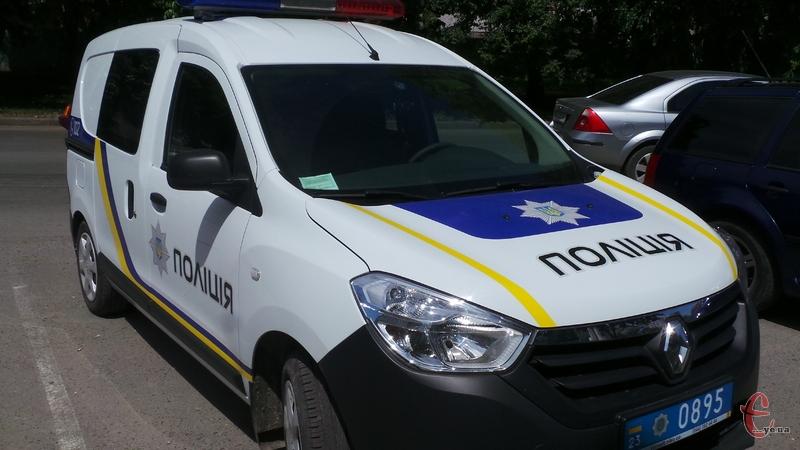 Поліцейські нарікають, що автівок замало