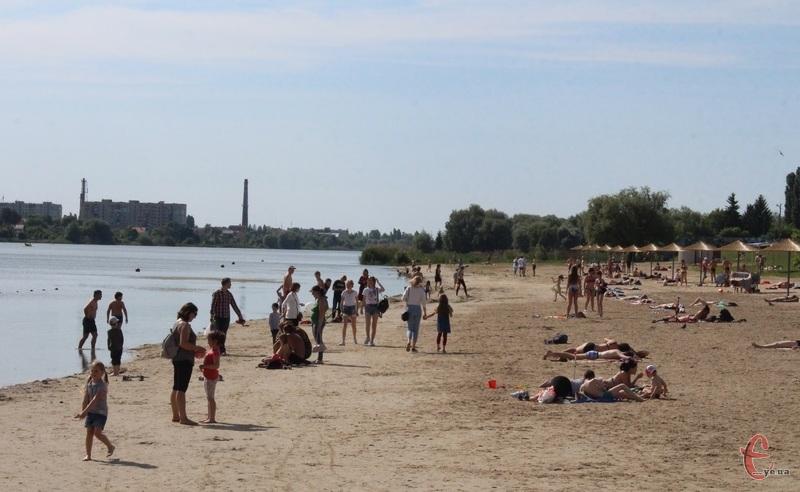 У Хмельницькому стартував купальний сезон