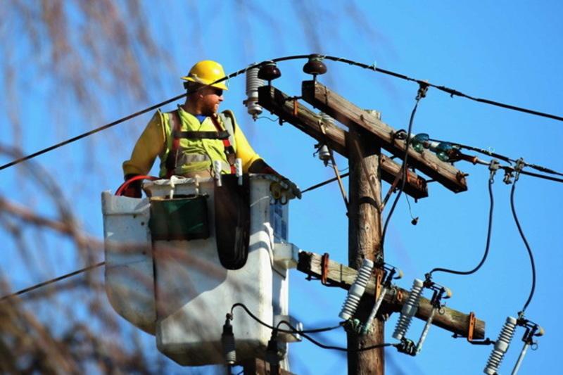 Із 27 березня Хмельницький РЕМ продовжить ремонтні лінії електромереж