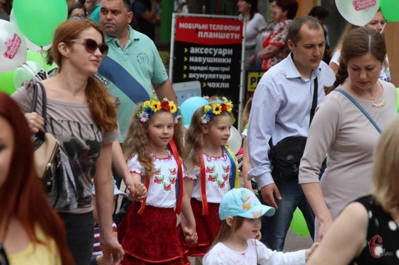 31 травня 2016 року під час проведення щорічного параду близнюків у Хмельницькому було встановлено новий рекорд у категорії «Масові заходи»