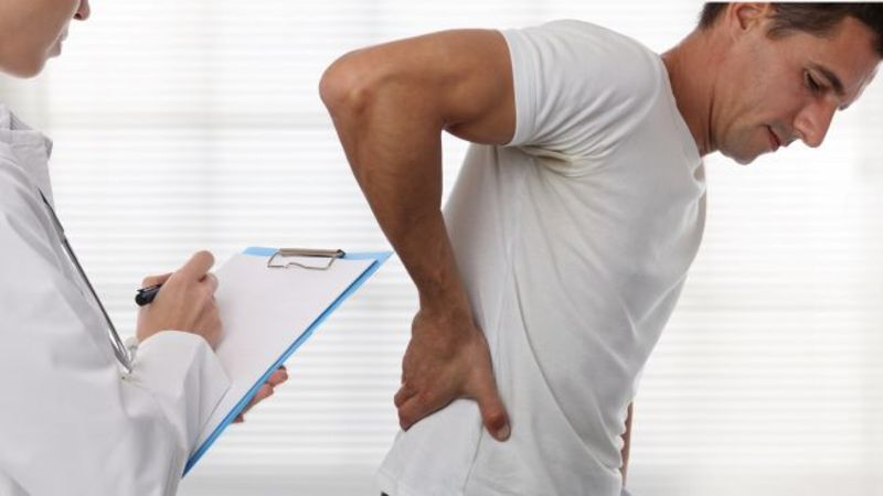 Біль в спині буває різний за характером та локалізацією