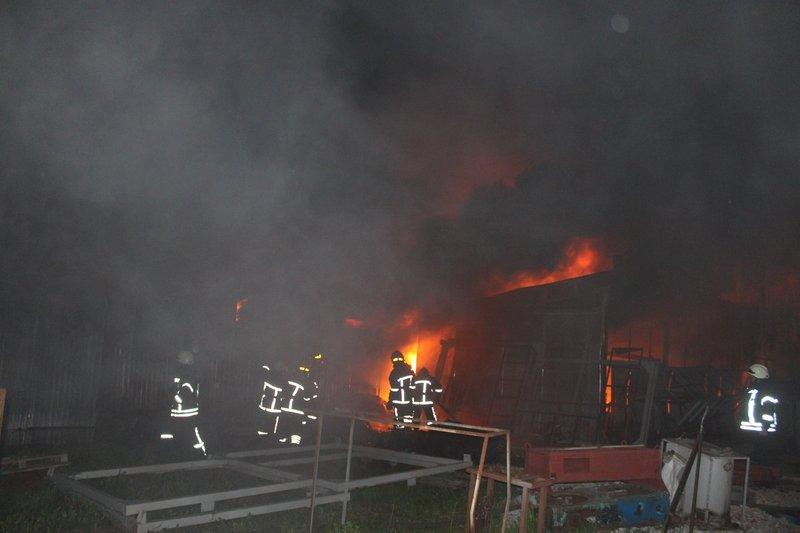 Пожежа сталася пізно ввечері 1 травня.