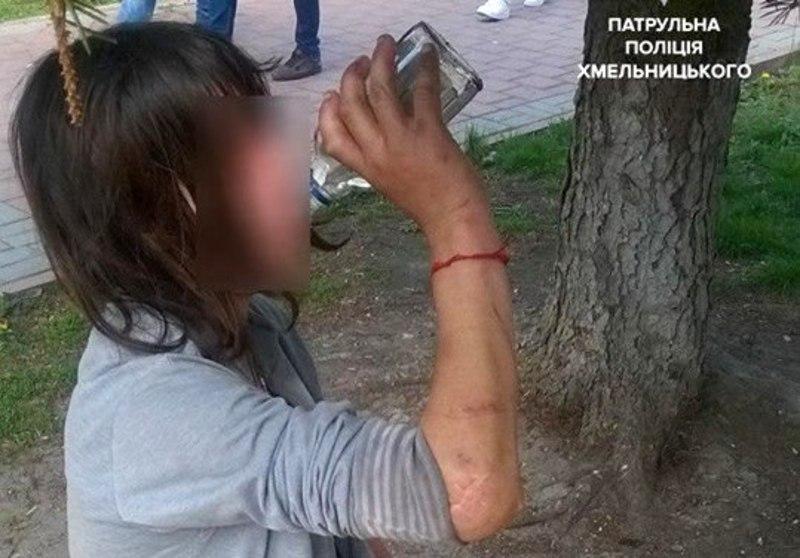 Патрульні попереджають про адміністративну відповідальність за розпивання алкоголю у заборонених законом місцях