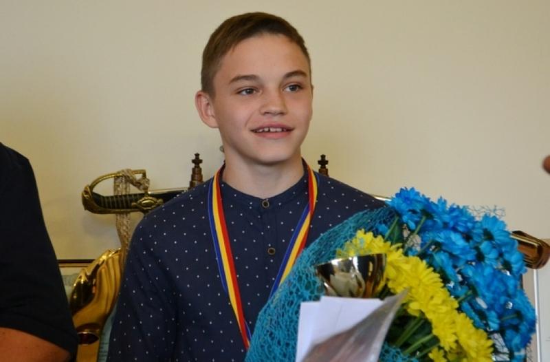Віктор Бойко з Кам'янця-Подільського вже повернувся додому, де отримує вітання з титулом чемпіона Європи з боксу