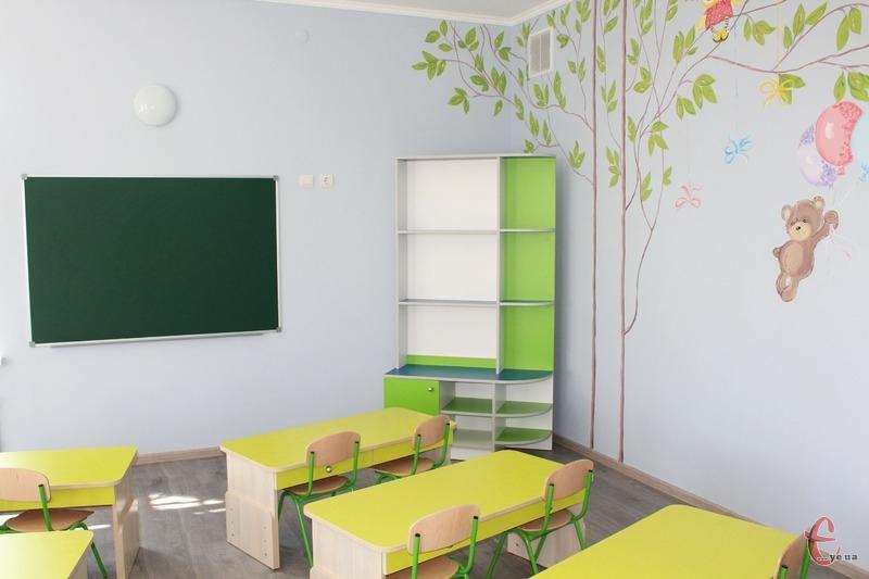 За попередньою інформацією, будівництво початкової школи у мікрорайоні Озерна заплановано розпочати у 2022 році