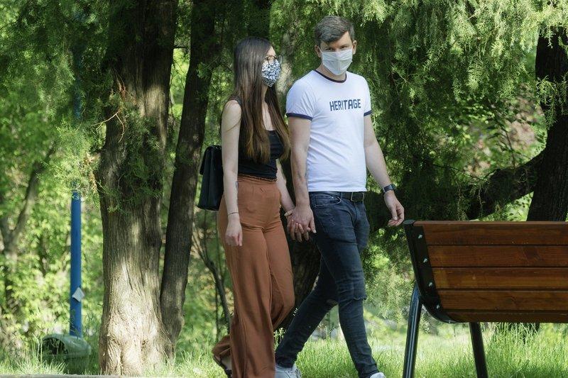 На Хмельниччині за період пандемії 585 лабораторно підтверджених випадків COVID-19