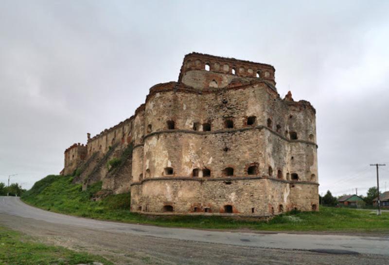 Меджибізький замок пережив різні часи