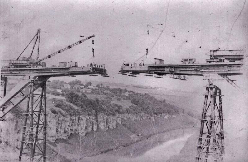 Будівництво мосту «Стрімка лань» тривало з 1966 до 1974 року