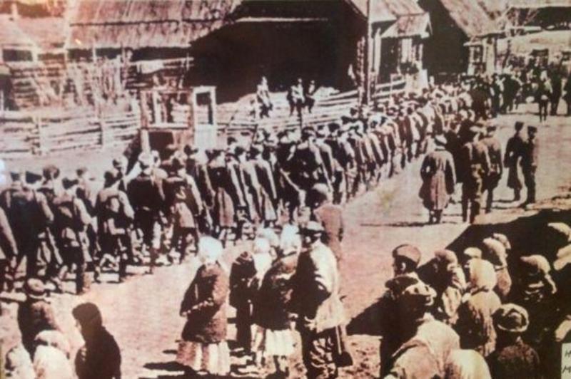 22 червня 1941 року о 12 годині дня в місті було повідомлено про напад Німеччини на Радянський Союз