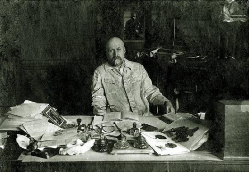 25 лютого у 1894 році на Поділля прибув науковець - мікробіолог Данило Заболотний, який розробляв сироватку від холери