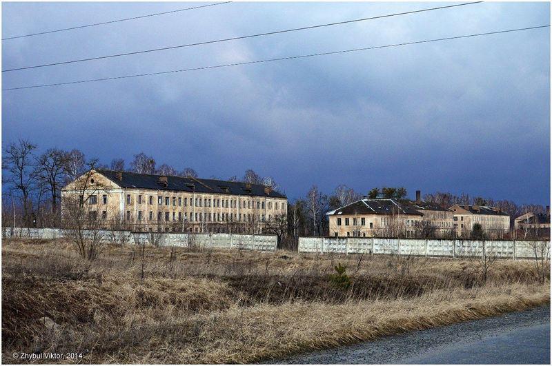 Блоки колишнього славутського концтабору «Грослазарет-301» типу «шталаг»