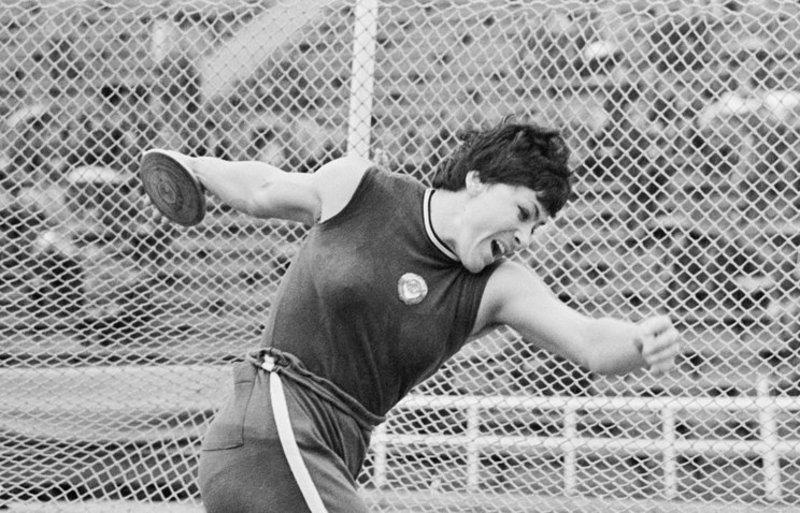 Олімпійська чемпіонка в метанні диска Фаїна Мельник