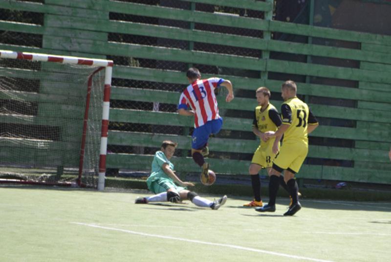 Вже 13 серпня стане відомі всі 8 команд, які провжать боротьбу за нагороду в чемпіонаті міста з міні-футбола