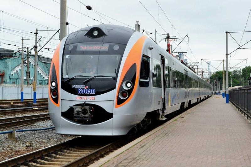 Через Хмельниччину курсуватиме новий «Інтерсіті» сполученням «Київ – Тернопіль»