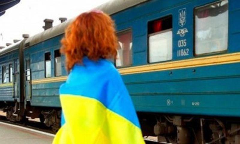 Усуботу потяг зустрічатимуть на вокзалі Хмельницького