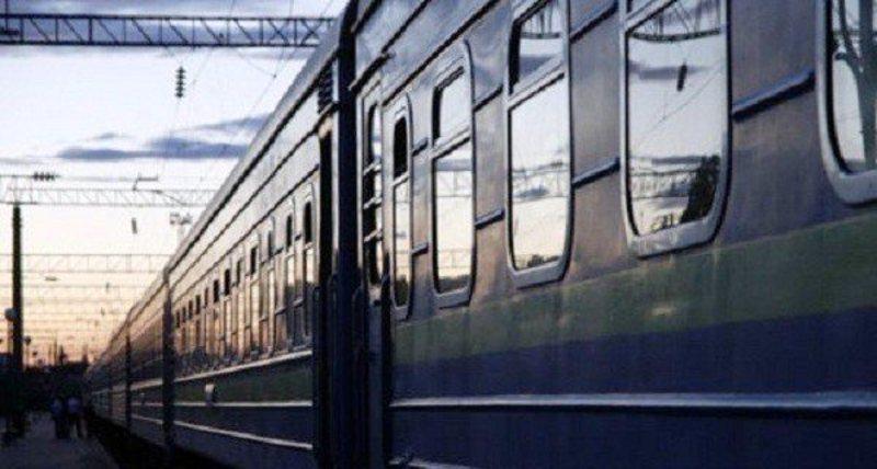 На Великодні свята через Хмельницький курсуватиме ще один додатковий потяг