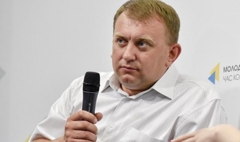 Віталій Здебський переконаний, депутати райради не проголосували оцінку землі, щоб до бюджету громади не надходили податки