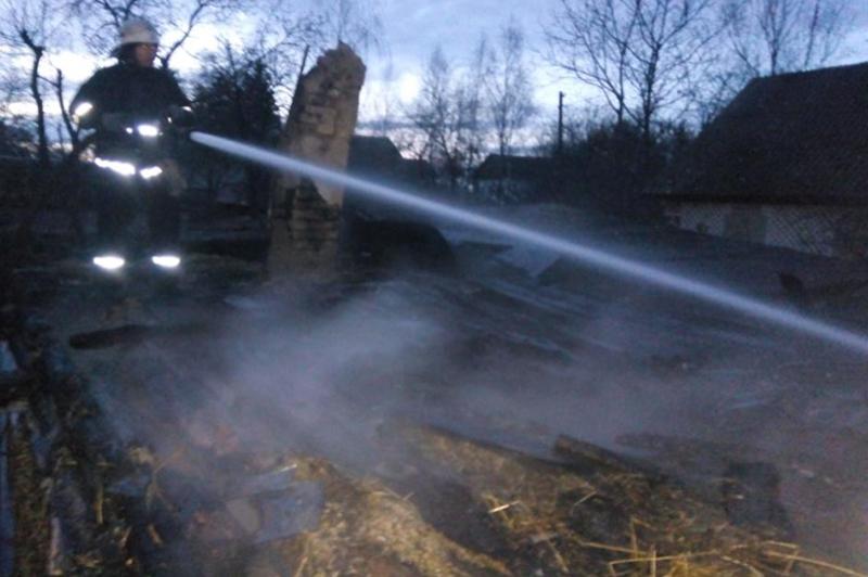 За минулу добу вогнеборці ліквідували чотири пожежі