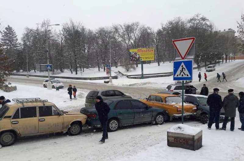 Аварія сталася поблизу перехрестя вулиць Князів Коріатовичів – Шевченка