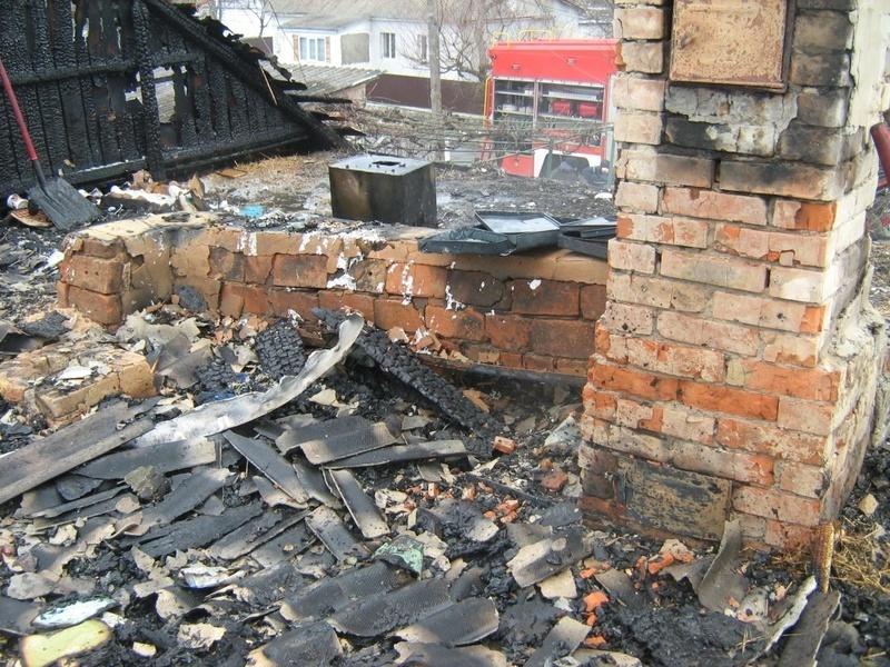 Внаслідок пожежі вогнем пошкоджено покриття будинку та речі домашнього вжитку