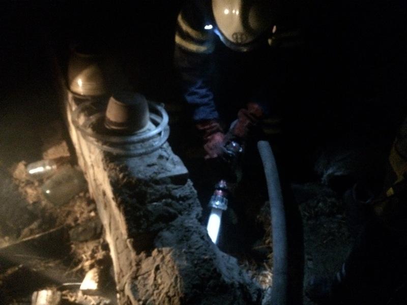 У Полонному вогнеборці врятували житловий будинок від знищення вогнем