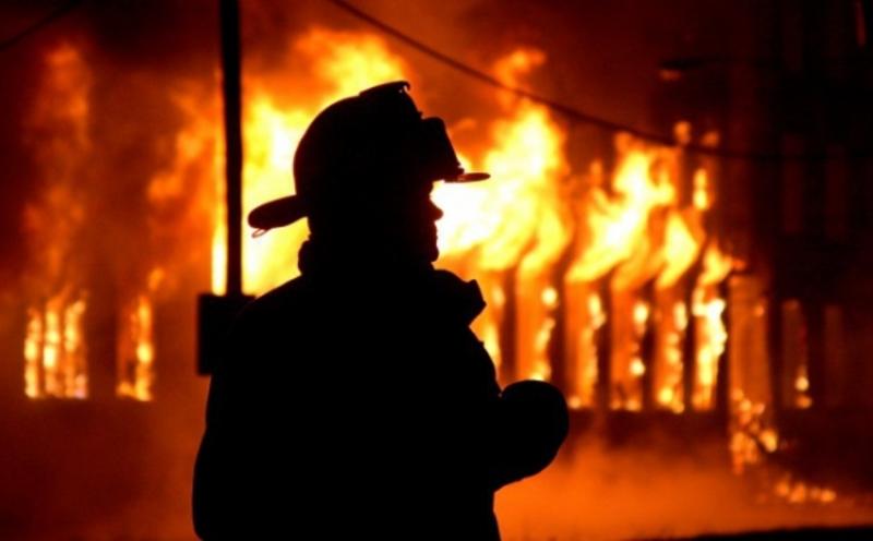 Через замикання електромережі ледь не згорів житловий будинок
